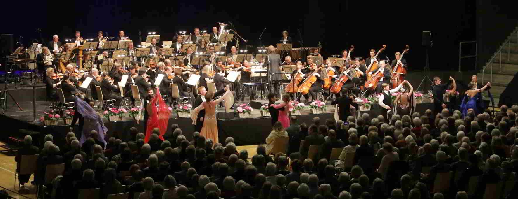 o-orkester-dansere